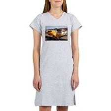Piper Cub Aircraft (yellow & wh Women's Nightshirt