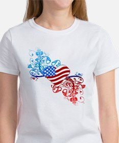 Independence Day Heart Scroll Women's T-Shirt