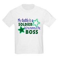 My daddy is a solder-Mommy is T-Shirt
