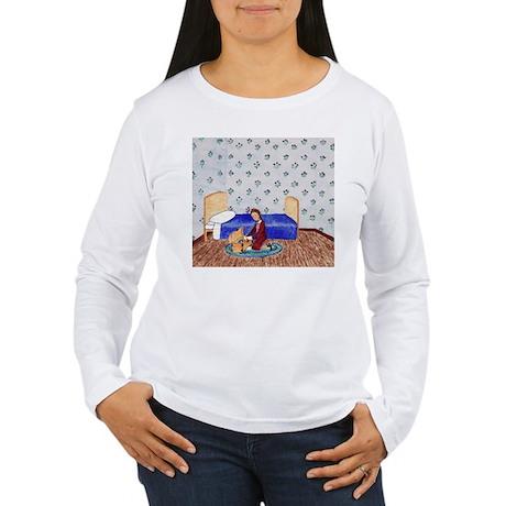 Izzie Packs her Valuables Women's LS T-Shirt
