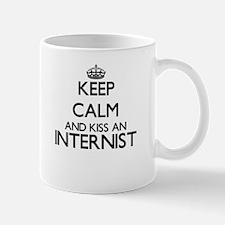 Keep calm and kiss an Internist Mugs