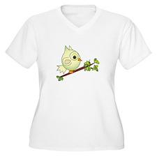 Owl On Limb Plus Size T-Shirt