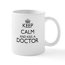 Keep calm and kiss a Doctor Mugs