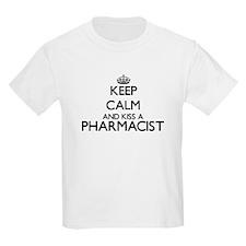 Keep calm and kiss a Pharmacist T-Shirt