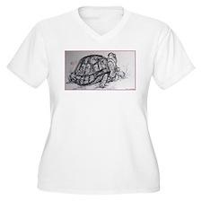 Turtle, tortoise, nature art Plus Size T-Shirt