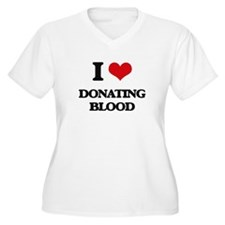 I Love Donating Blood Plus Size T-Shirt