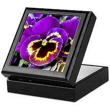 Beautiful purple pansy Keepsake Box