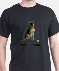 FIN-german-shepherd-llife.png T-Shirt