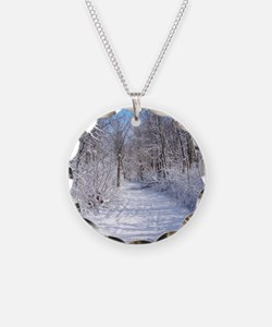 Snow Trail Scenery Necklace