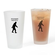 Bigfoot Silhoutte With Speech Bubbl Drinking Glass