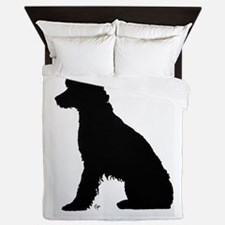 Fanny on the dock Queen Duvet