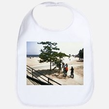 Off to the Waters Diffuse Glowing Bib