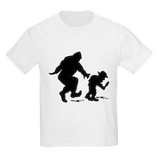 Sasquatch hiker silhouette T-Shirt