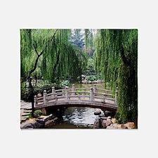 Asian garden, Throw Blanket