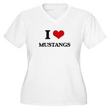 I Love Mustangs Plus Size T-Shirt