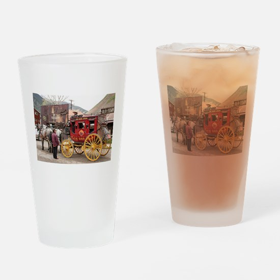 Horses and stagecoach, Colorado, US Drinking Glass