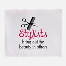 THE BEAUTY IN OTHERS Throw Blanket