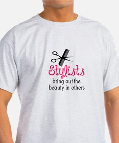 THE BEAUTY IN OTHERS T-Shirt