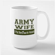 Army Wife Ooo in Hooah_Green Mugs