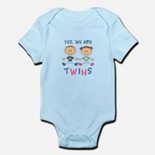 YES WE ARE TWINS Body Suit