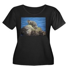 Checkered Seal Plus Size T-Shirt