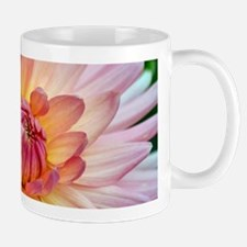 Beautiful pink dahlia Mugs