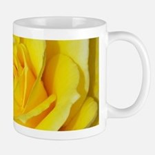 Beautiful single yellow rose Mugs