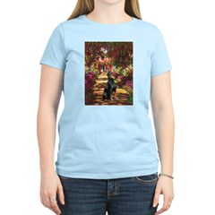Dobie on the Path Women's Light T-Shirt