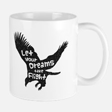 Quote on Going After Dreams Eagle Grunge Mugs