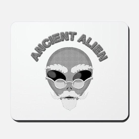 Alien Head In Halftone Mousepad