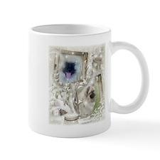 winter keeshond Mugs
