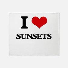 I love Sunsets Throw Blanket