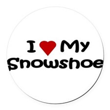 Cute Snowshoe cat Round Car Magnet