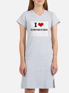 I love Townhouses Women's Nightshirt