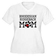 Rhodesian Ridgeback Mom Plus Size T-Shirt