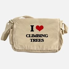 climbing trees Messenger Bag