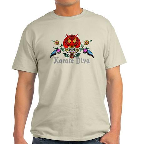 Karate Diva Light T-Shirt