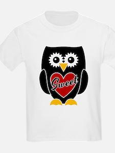 Sweet - Black Owl / Red Heart T-Shirt