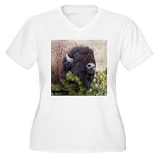 Christmas Bison Plus Size T-Shirt