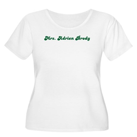Mrs. Adrien Brody Women's Plus Size Scoop Neck T-S