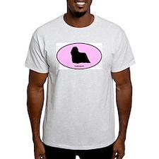 Komondor (oval-pink) T-Shirt