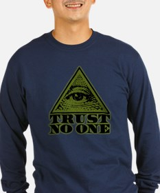 Trust No One (vintage distressed look) T
