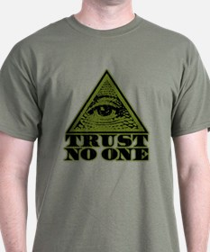 Trust No One (vintage distressed look) T-Shirt