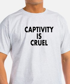 Captivity is cruel - T-Shirt