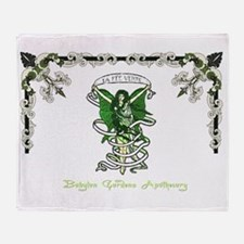 Le Fee Verte Throw Blanket
