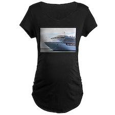 Cruise ship 15: Diamond Princess Maternity T-Shirt