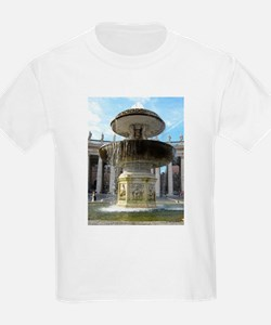 Italy Rome Vatican fountain T-Shirt