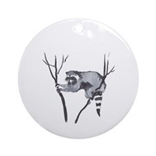 RACCOON IN TREE Ornament (Round)