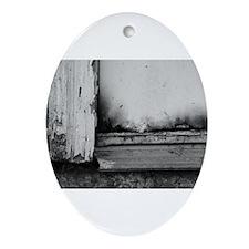 Abandoned Door Ornament (Oval)