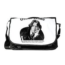 Wilde: Romance Messenger Bag